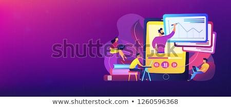 Öğrenciler · izlerken · ders · profesör · konuşma · tablet - stok fotoğraf © rastudio