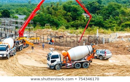Cimento batedeira escavadora industrial maquinaria concreto Foto stock © robuart