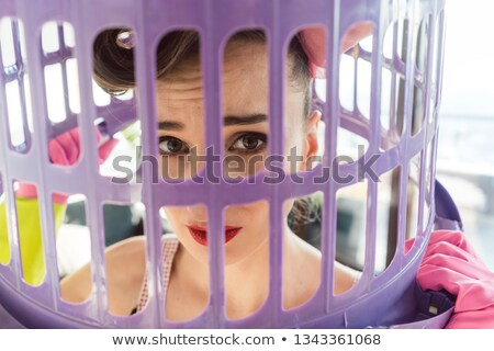 Huisvrouw pauze gratis gevangenis leven shot Stockfoto © Kzenon