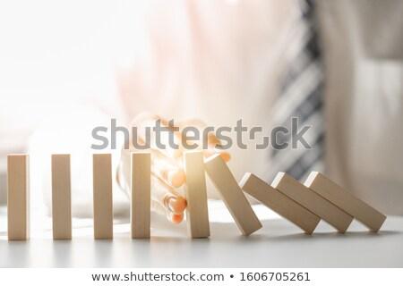 zakenman · kantoor · hand · telefoon · helpen · praten - stockfoto © andreypopov