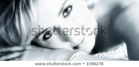 titokzatos · szőke · gyöngyök · portré · nő · arc - stock fotó © dolgachov
