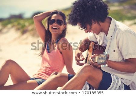knappe · man · zonnebril · spelen · gitaar · knap · jonge · man - stockfoto © deandrobot