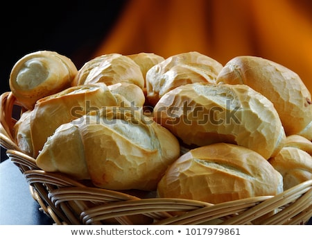 Friss francia kenyér kosár izolált fehér egészség Stock fotó © karandaev