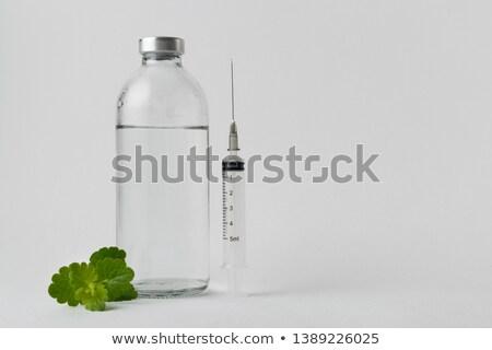 cam · şişeler · şırınga · ilaçlar · yalıtılmış · beyaz - stok fotoğraf © Antonio-S