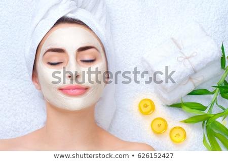 ストックフォト: Spa Woman Applying Facial Cleansing Mask Beauty Treatments