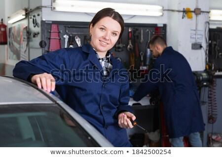 Kobieta pracownika metal warsztaty stwarzające narzędzia Zdjęcia stock © Kzenon
