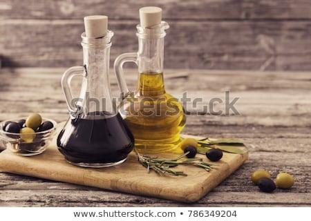 Petróleo vinagre botellas alimentos hierbas Foto stock © Pheby