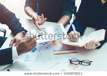 consultor · texto · caderno · secretária · 3d · render - foto stock © kbuntu