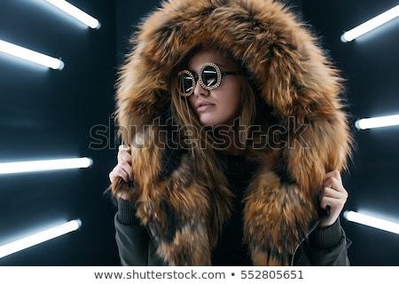 Jonge mooie vrouw pels witte vrouw gezicht Stockfoto © acidgrey