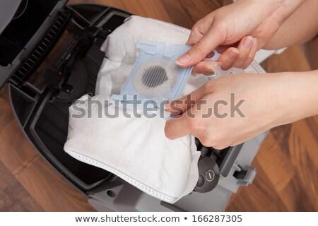 Hand stof zak stofzuiger kamer Stockfoto © AndreyPopov