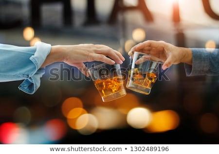Twee bril whiskey rotsen glas achtergrond Stockfoto © alex_l