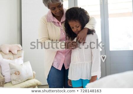 meisje · dressing · omhoog · home · gelukkig · meisje · grappig - stockfoto © wavebreak_media
