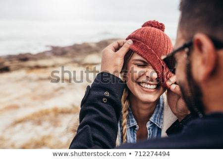 Gelukkig paar winter kleding liefde Stockfoto © dolgachov