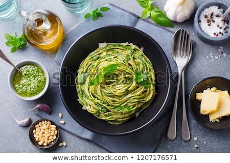 Italiano espaguetis pasta pesto salsa gris Foto stock © furmanphoto