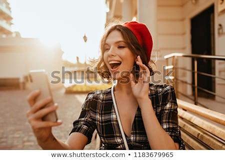 Fille heureuse rouge short illustration fille sourire Photo stock © bluering
