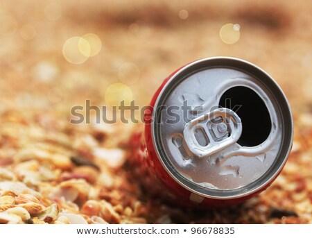 Utilisé Cola peuvent haut bokeh Photo stock © mnsanthoshkumar