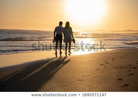ビーチ · シーン · 人 · 徒歩 · 砂 - ストックフォト © tepic