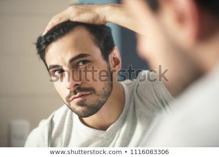 cheveux · vérifier · portrait · belle · jeunes · brunette - photo stock © lithian