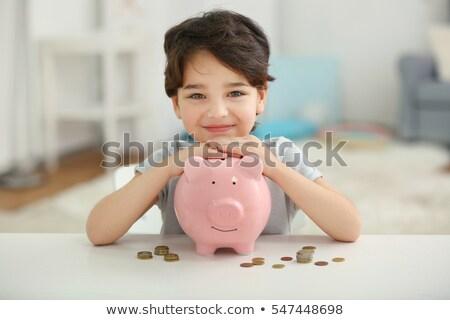piggy · bank · assistindo · dinheiro · grupo · seis · diferente - foto stock © TaiChesco