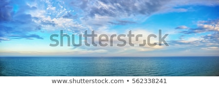 Cielo mar nublado cielo azul azul Foto stock © vrvalerian