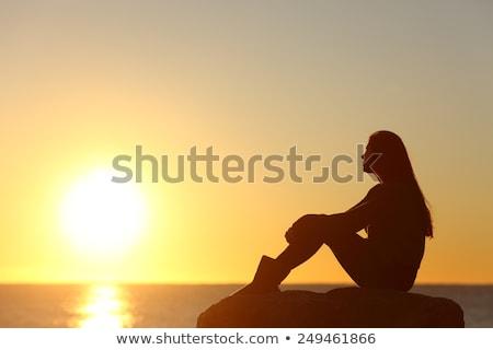 sziluett · lányok · néz · naplemente · együtt · égbolt - stock fotó © jeffmcgraw