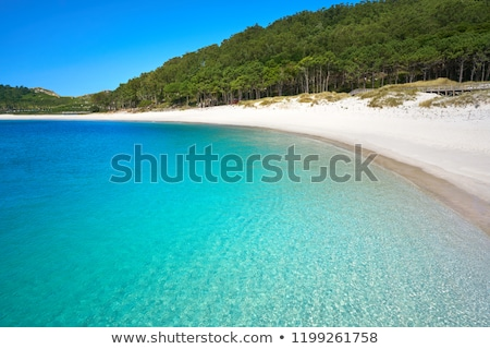 strand · bergen · hemel · zomer · Blauw - stockfoto © lunamarina