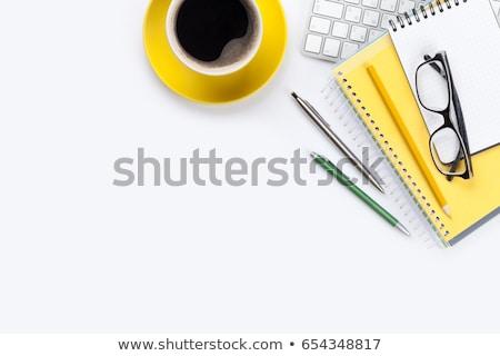 irodai · asztal · asztal · jegyzettömb · színes · ceruzák · felső - stock fotó © karandaev