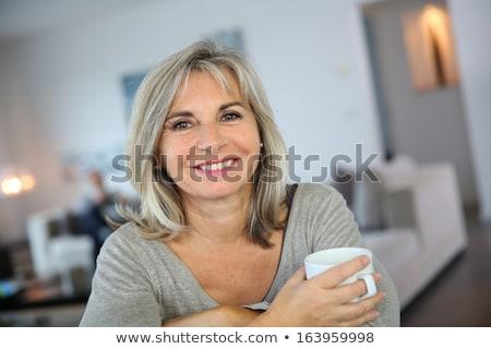 Olgun sarışın kadın fincan kahve kadın düğün Stok fotoğraf © photography33
