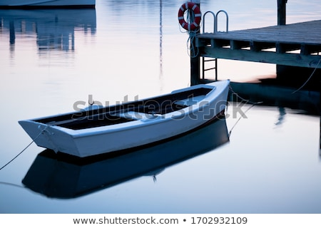Evezős csónak part kötél kék csónak szállítás Stock fotó © t3mujin