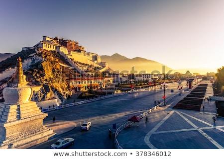 Foto stock: Vermelho · tibete · topo · histórico · blue · sky · edifício