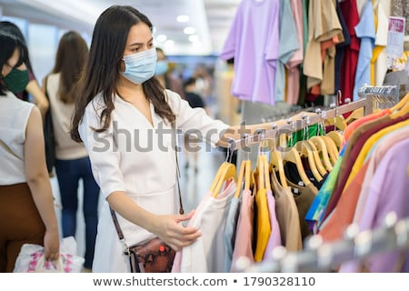 Nők ruha bolt kettő fiatal nők választ Stock fotó © rosipro