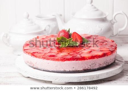 手工製造 草莓 乳蛋糕 綠色 商業照片 © aladin66