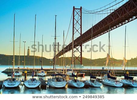25 · híd · folyó · kilátás · Lisszabon · Portugália - stock fotó © lianem