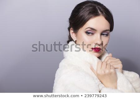 Mode portret mooie brunette meisje witte Stockfoto © Victoria_Andreas