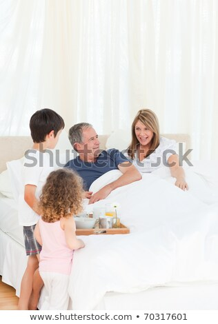 Foto stock: Desayuno · cama · feliz · mujer · alimentos