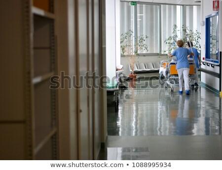 Emergencia hospital empujando paciente moderna Foto stock © vilevi