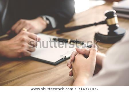 Prawnik adwokat pracy dokumentów młotek Zdjęcia stock © snowing