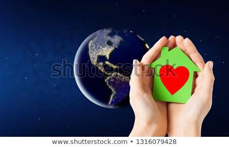 vrouw · man · handen · aarde · aarde - stockfoto © dolgachov