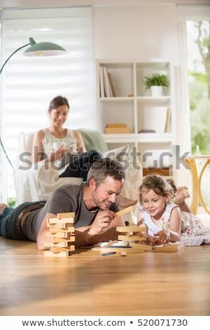 padre · hija · jugando · juego · casa · familia - foto stock © photography33