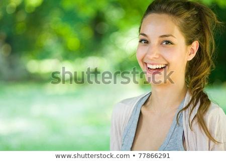 Teen girl kamery zielone parku trawy kobiet Zdjęcia stock © Massonforstock