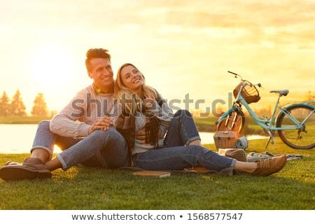 atraente · comprometido · jovem · asiático · homem - foto stock © arenacreative