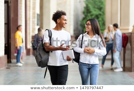 zajęty · studentów · smart · dziewczyna · na · zewnątrz - zdjęcia stock © rob_stark