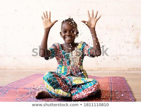 Pozitív gondtalan gyermek fejjel lefelé lány mosoly Stock fotó © godfer