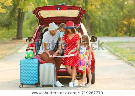 ストックフォト: 家族 · 旅行 · 車 · 女性 · 子 · 母親