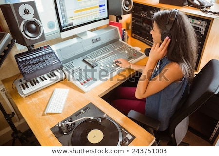 Student audio studio radio szczęśliwy student Zdjęcia stock © wavebreak_media