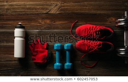Siyah kettlebells kırmızı havlu hazır Stok fotoğraf © timh