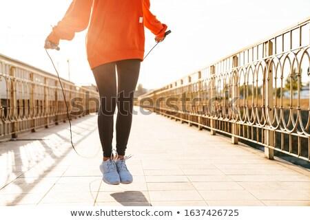 Fotografia zdumiewający młodych silne sportowe kobieta Zdjęcia stock © deandrobot