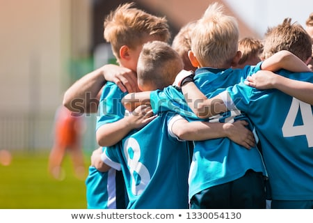 Enfants jouer sport jeu enfants Photo stock © matimix