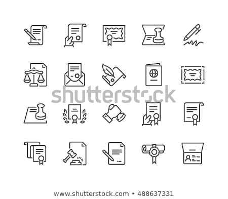 Sędzia piśmie prawnych dokumentów biurko książki Zdjęcia stock © AndreyPopov