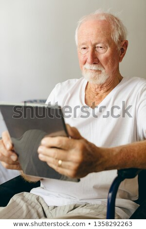мнение старший кавказский мужчины пациент Сток-фото © wavebreak_media